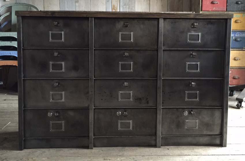 Meubles de rangement industriel m tal bois - Petit meuble metallique ...