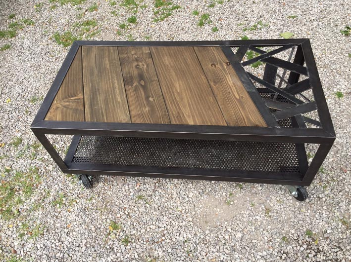 Table basse bois metal industriel maison design - Table basse bois pied metal ...