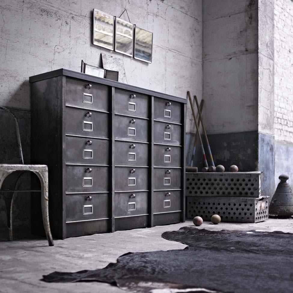 l 39 or du temps et le pass recompos industriel. Black Bedroom Furniture Sets. Home Design Ideas