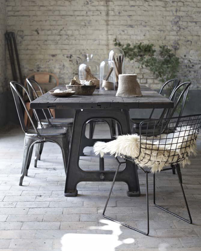 Tables industrielles l 39 or du temps mobilier industriel - Salle a manger industrielle ...